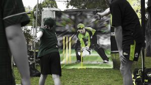 big-bash-league-sydney-thunder-bus-bowl